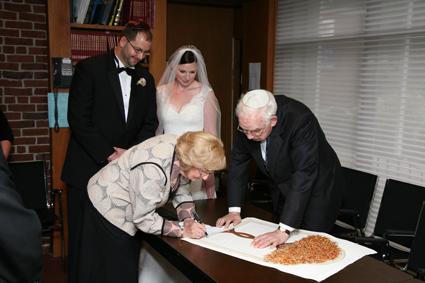 Rabbi-Harold-Kushner-Ketubah-Signing